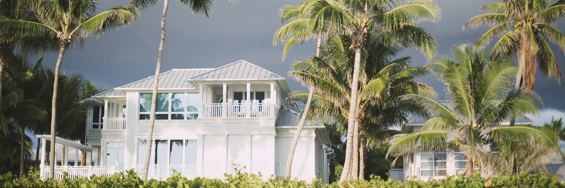Do's and Don'ts of Building in Hurricane-Prone Areas