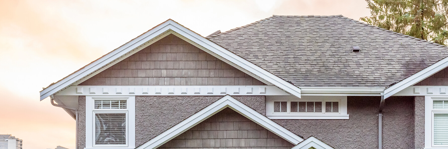 The Best Times of Year for Roof Replacement in Florida